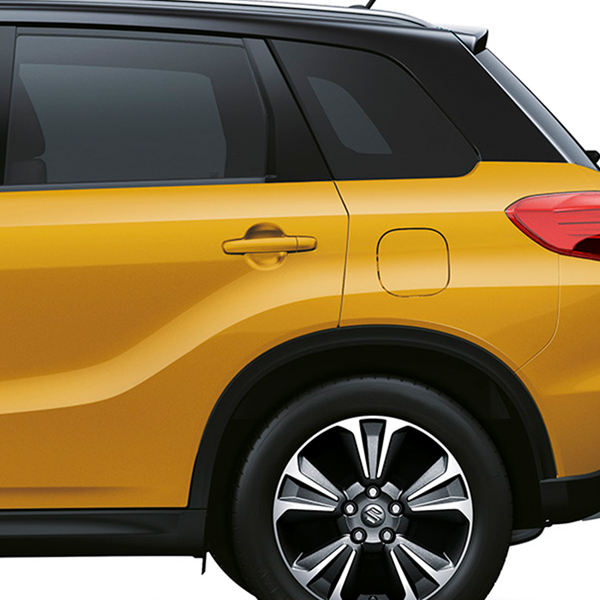 The rear privacy glass on the Vitara SZ-T