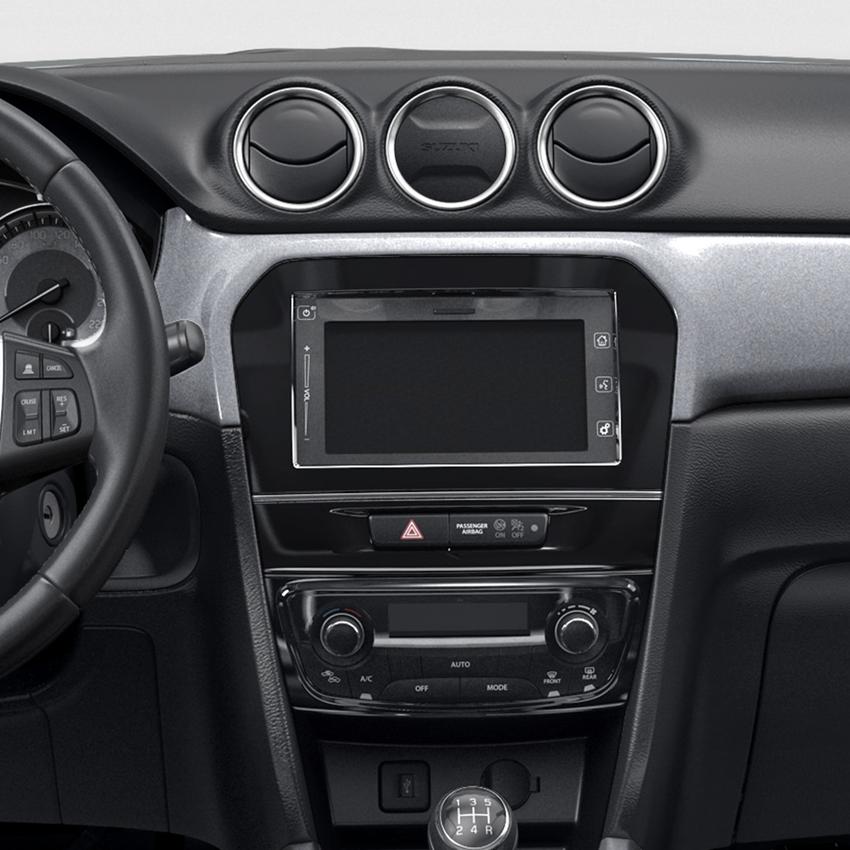 The Vitara SZ-T dashboard smart screen