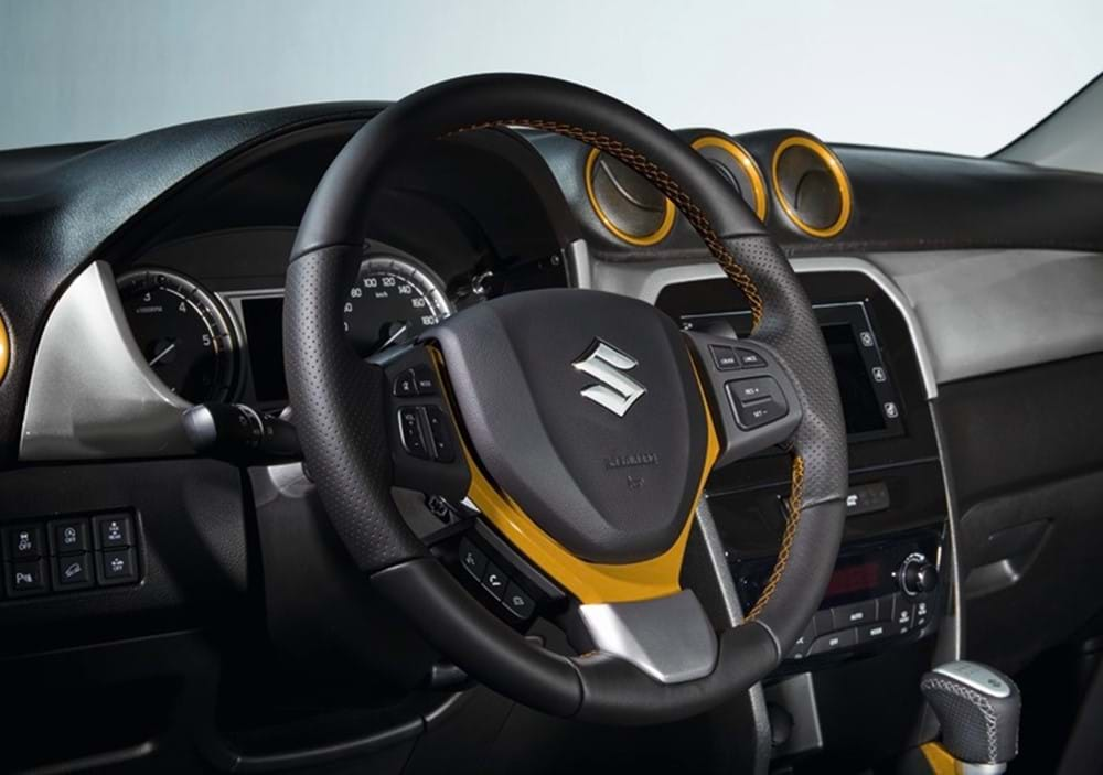SZT steering wheel yellow detailing