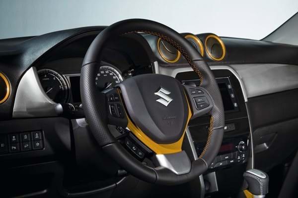 SZT steering wheel yellow detailing