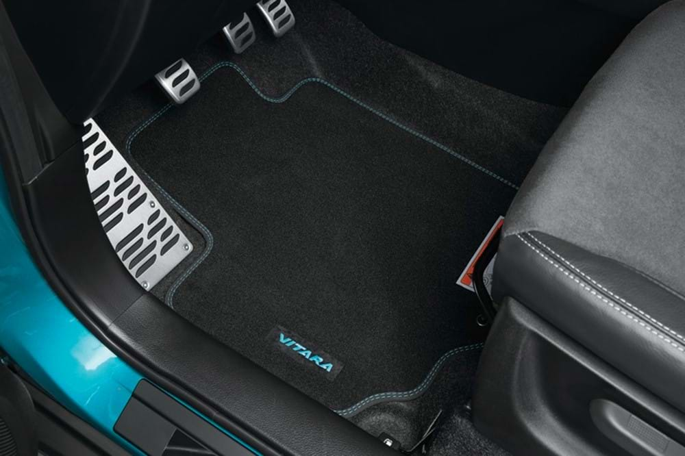 SZT footwell mat blue detailing