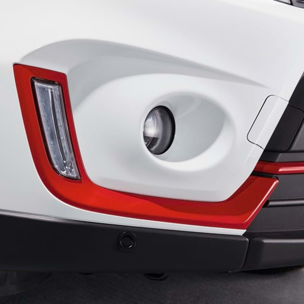 SZ5 front fog lamp with red trim