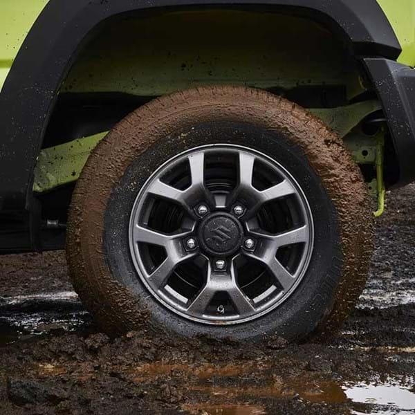 Muddy Jimny wheel
