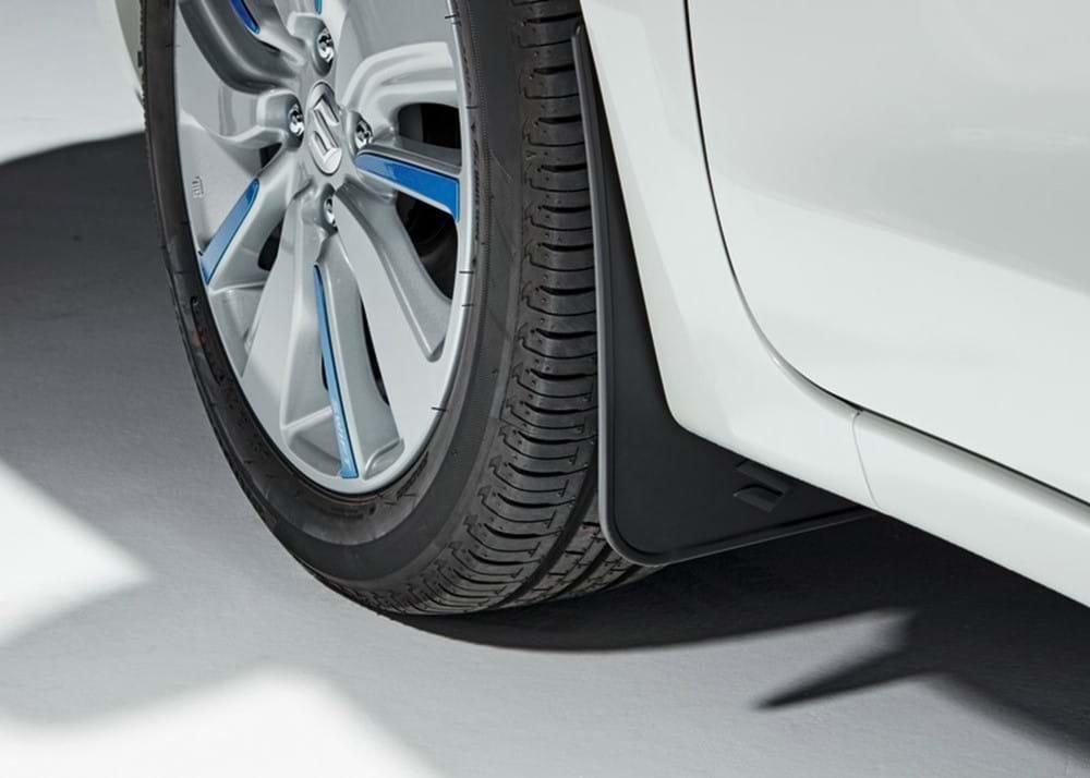 Swift wheel trim