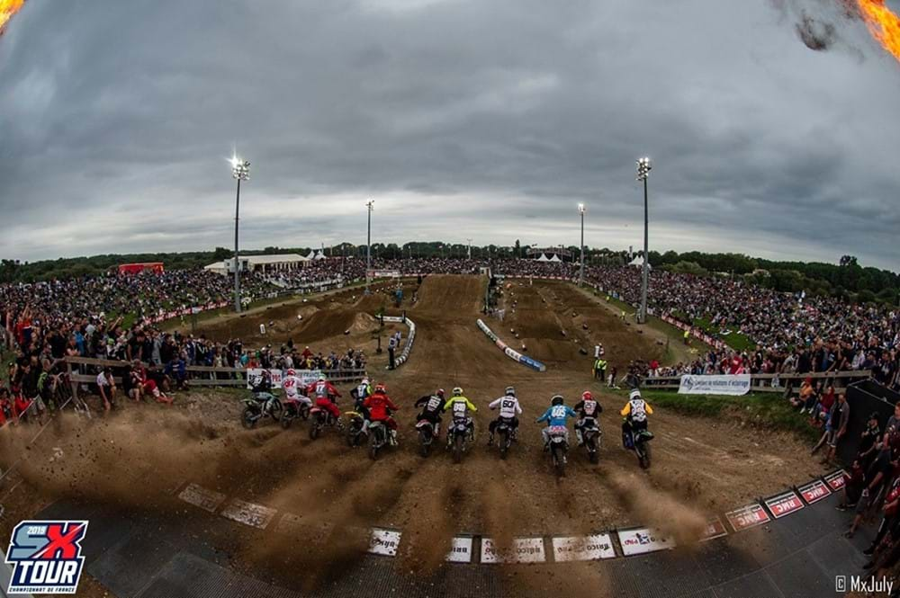 SX Tour with riders on starting line on track