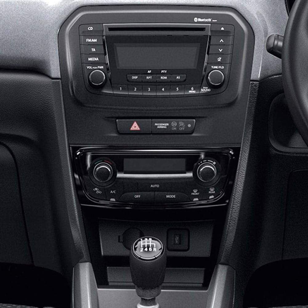 Climate control A/C Bluetooth connectivity CD audio with USB