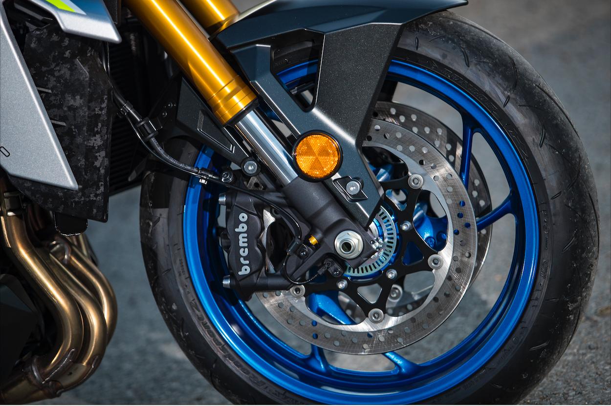 GSX-S1000 wheel image