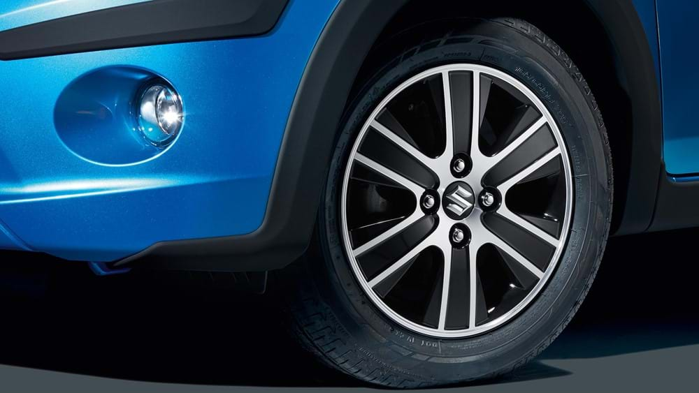 Close up of Suzuki Celerio Alloy wheels