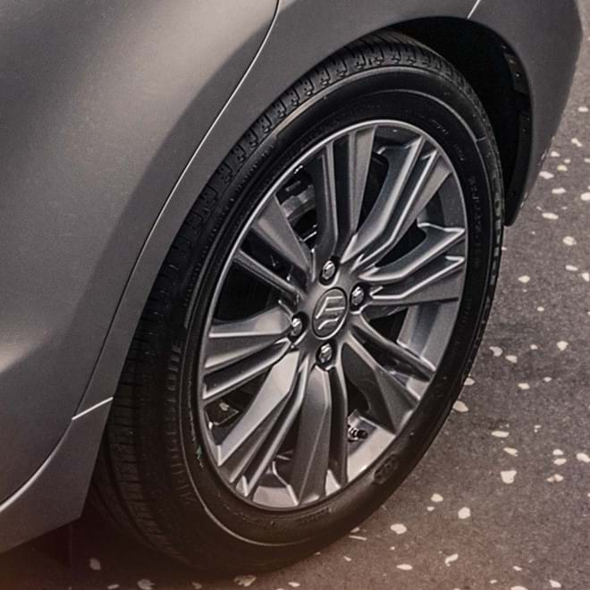 "Suzuki Baleno 16"" alloy wheels shot"