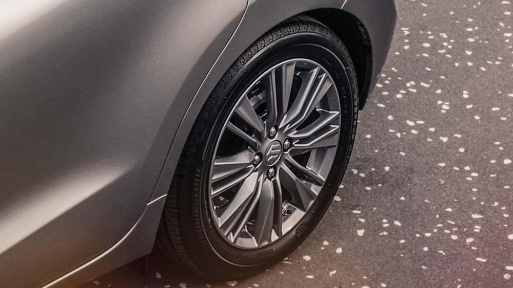 "Suzuki Baleno 16"" alloy wheels shot"