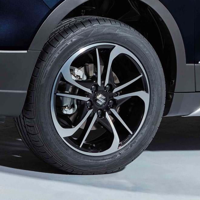 "Close up of Suzuki SX4 S-Cross Stylish 17"" alloy wheels with polished finish"