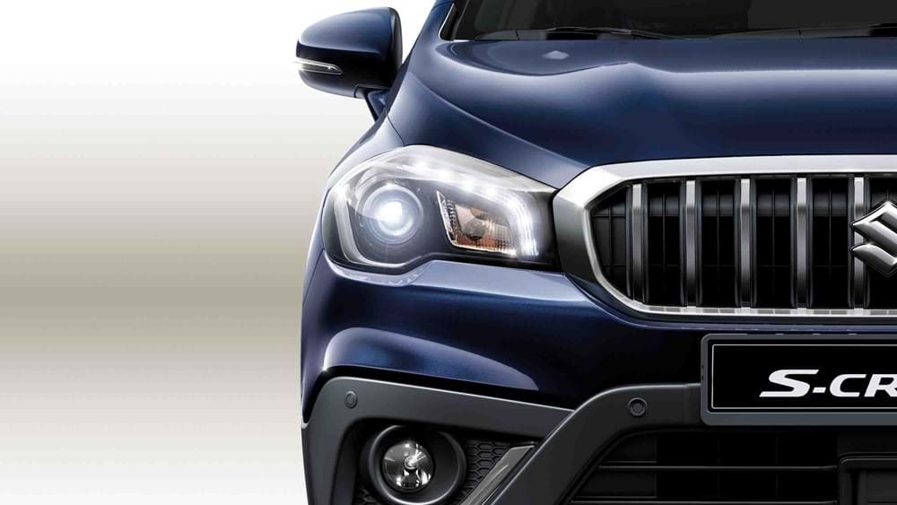 Suzuki SX4 S-Cross High-intensity LED projector headlights