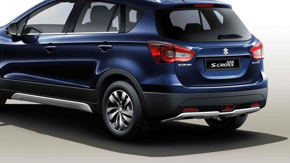 Suzuki SX4 S-Cross Silver side and rear under body trims