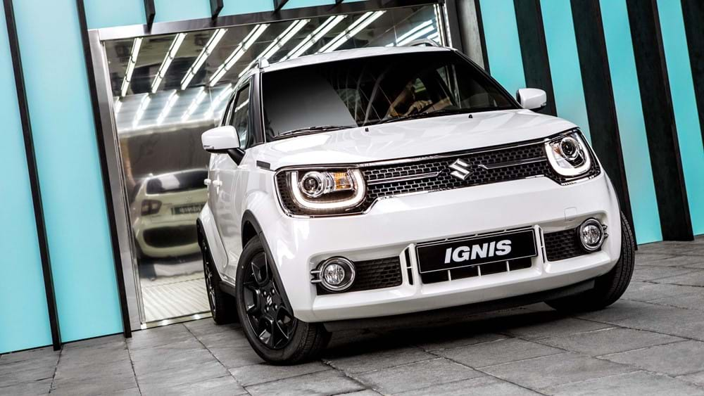Suzuki ignis leaving garage