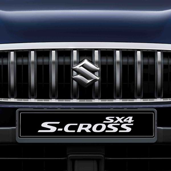 Close up of the SXCross's front grill