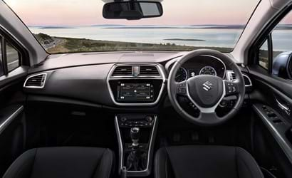 The interior of the front of the S-Cross SZ3